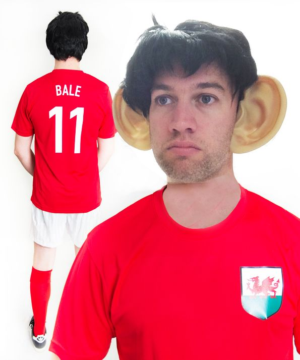 official photos ed3fd 9f611 Gareth Bale Wales Funny Football Fancy Dress Costume